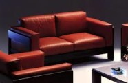 The Tobia Scarpa Bastiano Sofa and aniline leather. By Marchetto Pellami